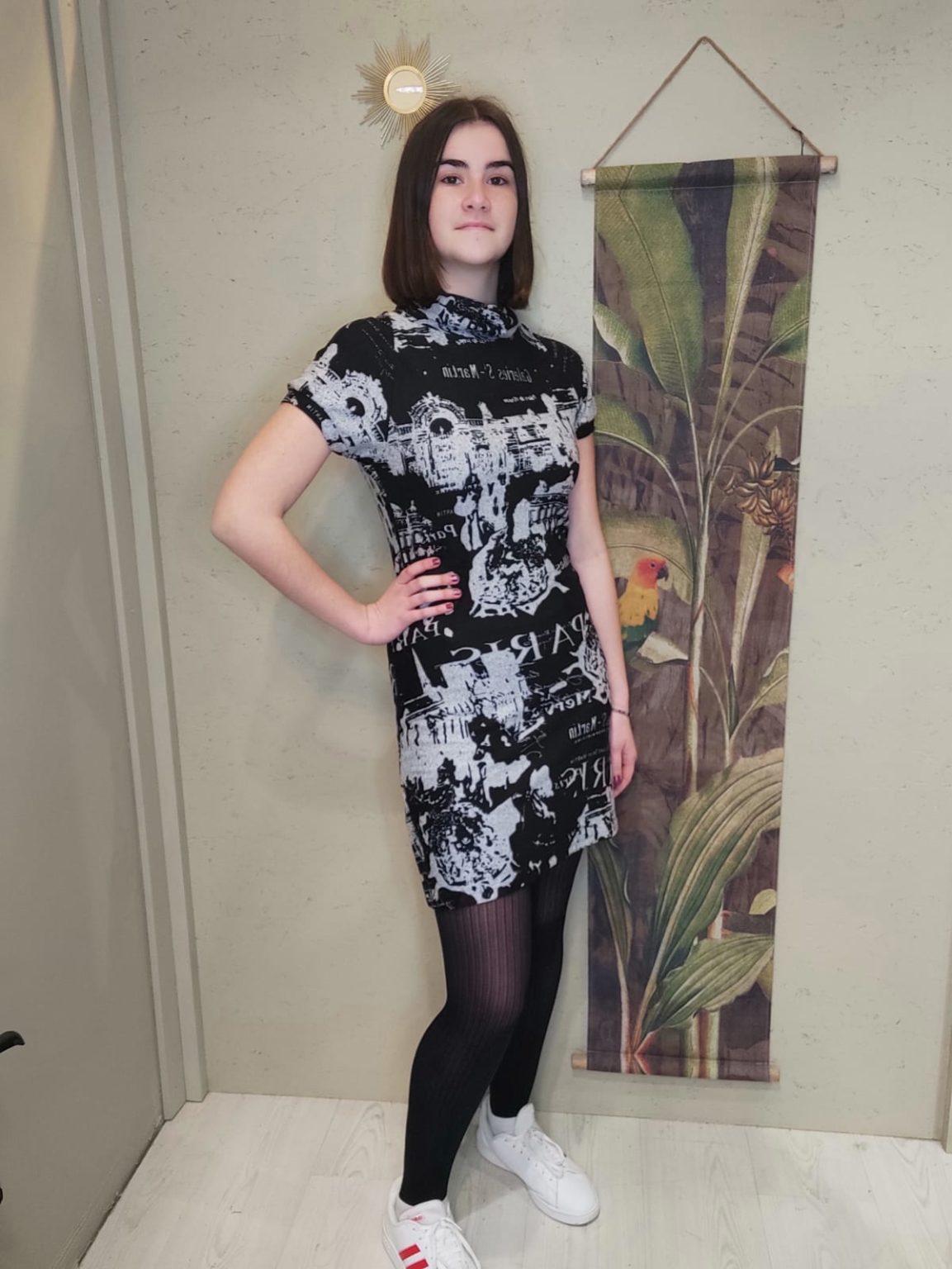 robe imprimé paris noir et blenc manche courte robe courte